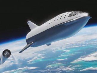SpaceX startet im Jahr 2023 eine Mondmission und überträgt sie live in VR