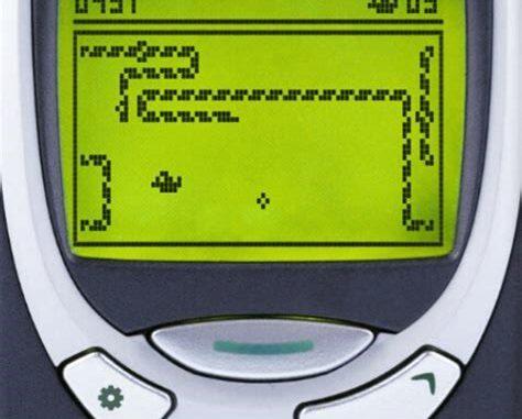 Früher war Snake auf dem Nokia Handy noch in 2D und monochrome gehalten.